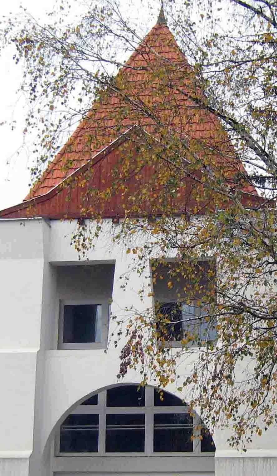 Csenger - Iskola bejárat