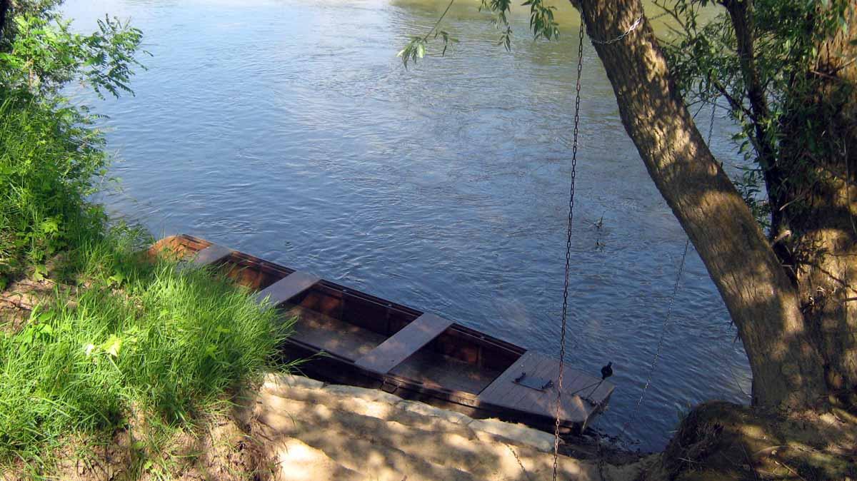 csónak a Szamoson