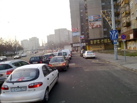ujpest.blog.hu: A Pozsonyi út a BKV-sztrájk idején