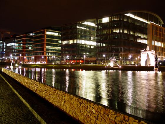 Milleniumi irodaházak