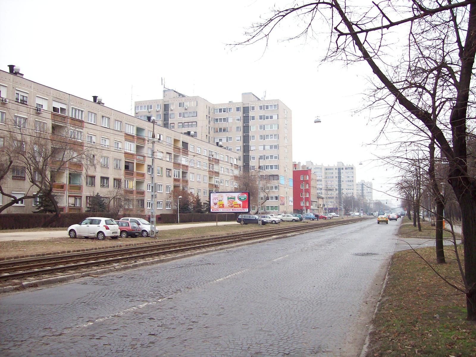Panelházsor, de nem lakótelep