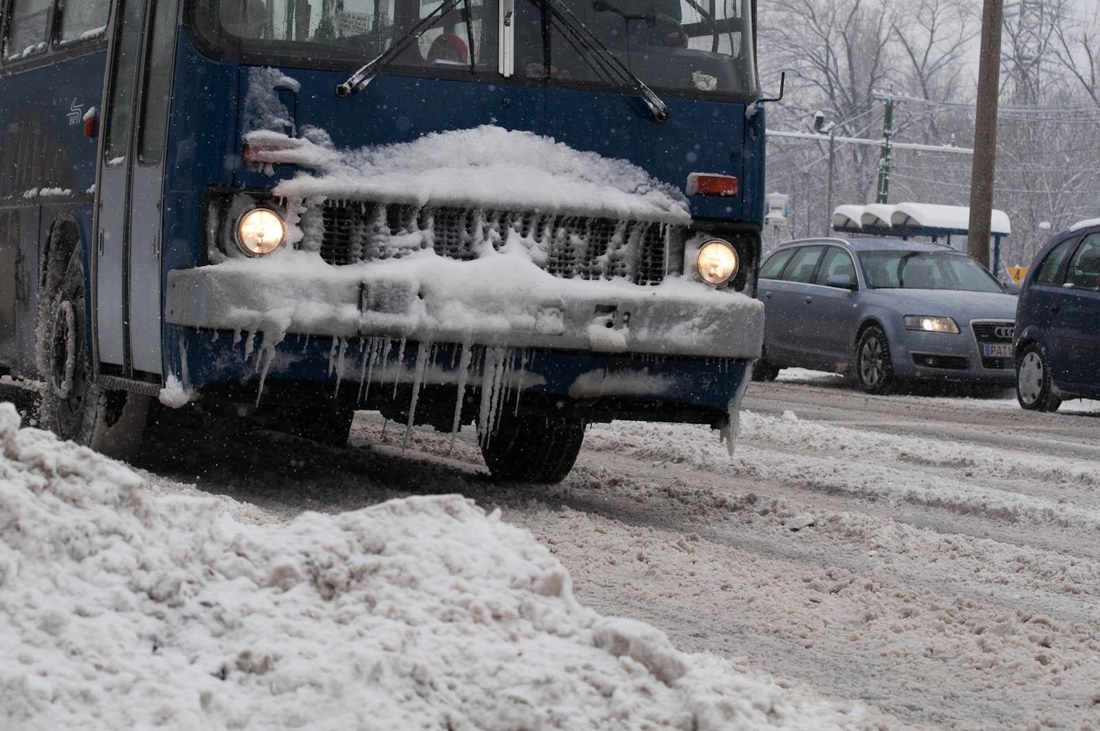 Jégcsap busz