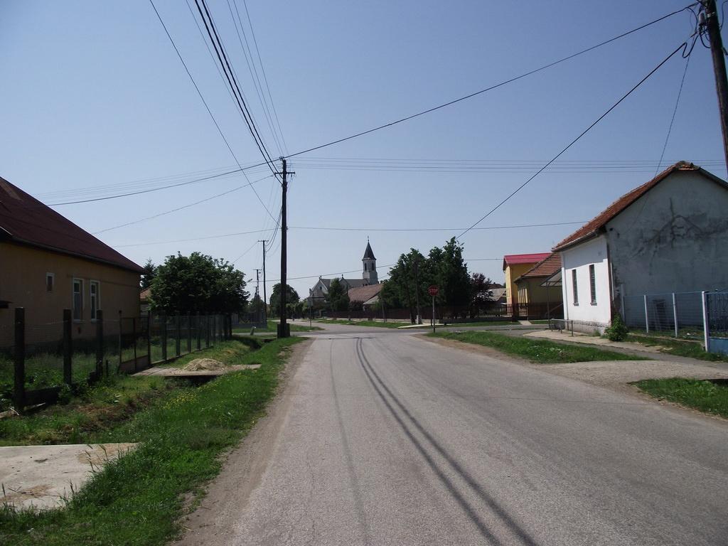 Tiszaroff